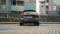 Opel Insignia 2.0 CDTI Ultimate: visuale posteriore