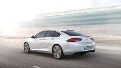 Opel Insignia Grand Sport: con la nuova linea la Insignia è più bassa di 3 cm