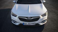 Opel Insignia Grand Sport, il frontale