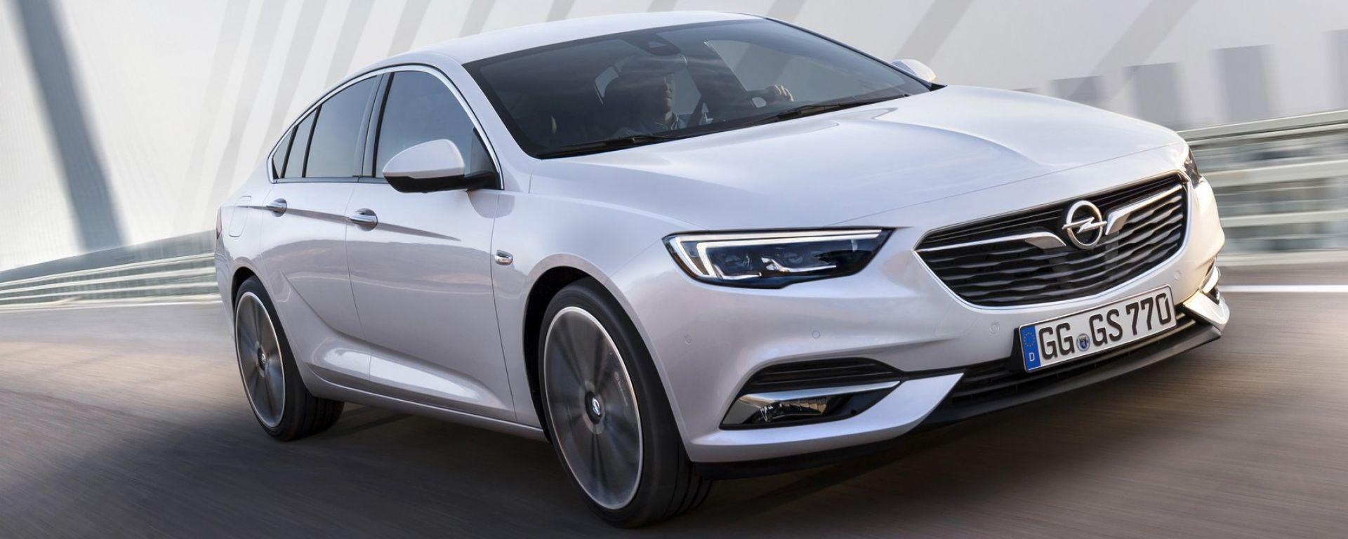 Opel Insignia Grand Sport, le foto ufficiali