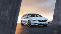 Opel Insignia Grand Sport: pesa fino a 175 kg in meno della versione attuale