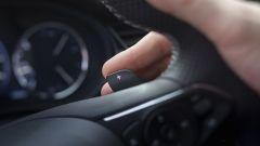 Opel Insignia GSI 2020, comandi al volante per il cambio a 9 marce