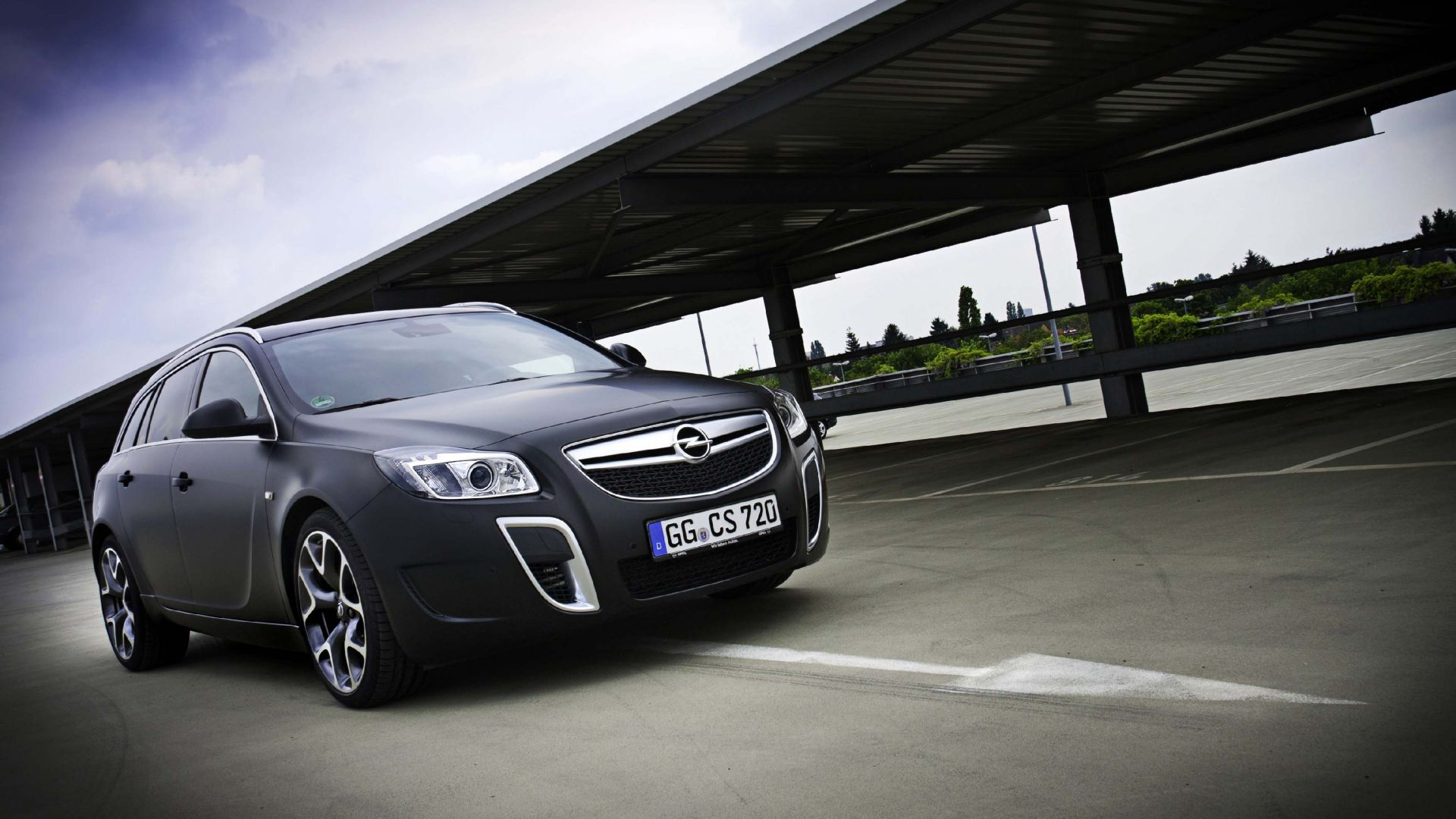 anteprima opel insignia opc unlimited motorbox. Black Bedroom Furniture Sets. Home Design Ideas
