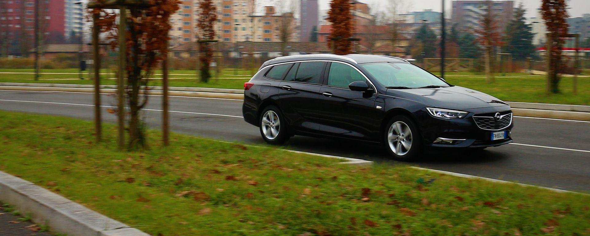 Opel Insignia SW 1.6 diesel: sorprende per quanto è comoda!