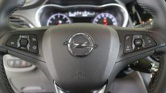 Opel Karl: il volante