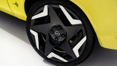 Opel Manta GSe: i cerchi in lega da 17