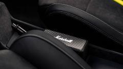 Opel Manta GSe: il box Marshall per la musica