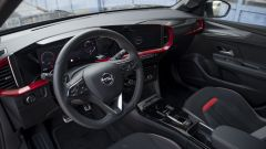 Opel Mokka 1.2 130 CV AT8 GS Line Pack: interni, l'abitacolo