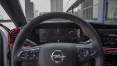 "Opel Mokka 1.2 130 CV AT8 GS Line Pack: volante e cruscotto digitale da 12"""