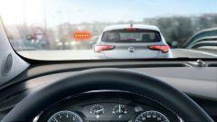 Opel MOKKA X: allarme frontale