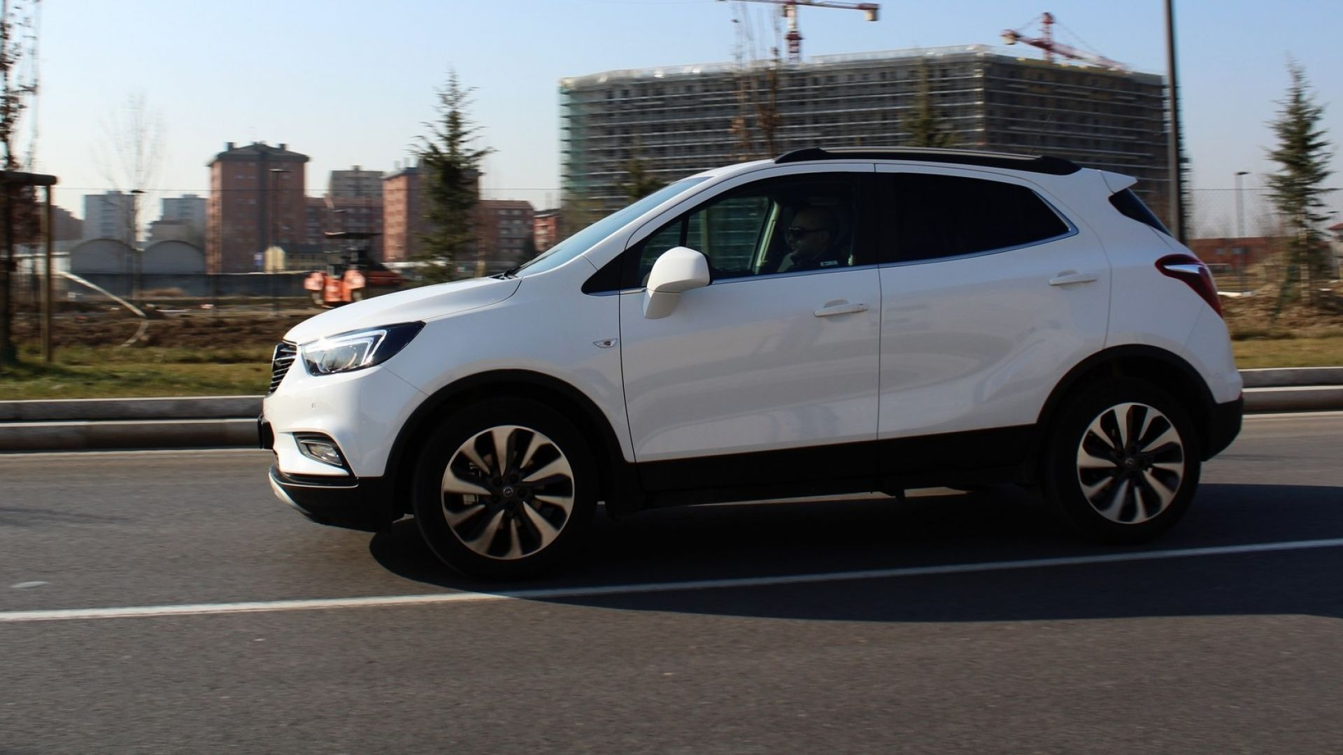 test drive  opel mokka x gpl tech innovation  anche gasata