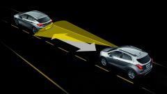 Opel MOKKA X: mantenimento distanza