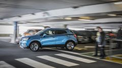 Opel Mokka X parcheggio