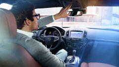Opel OnStar, il telefono amico di chi guida - Immagine: 1