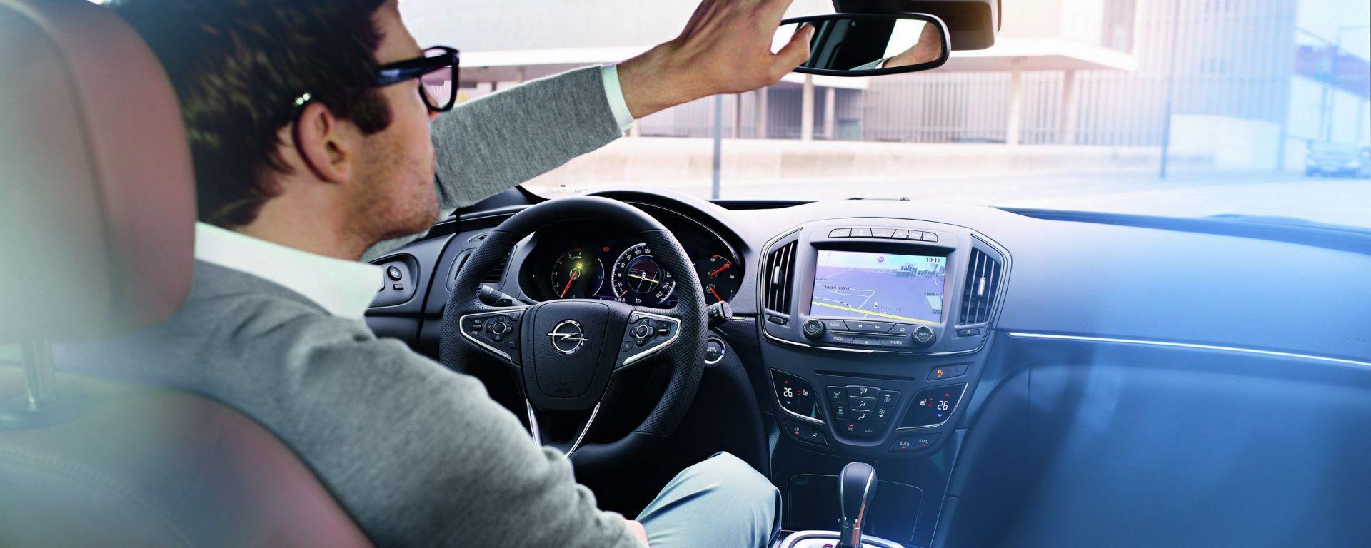 Opel OnStar, il telefono amico di chi guida
