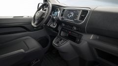 Opel Vivaro-e gli interni