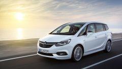 Opel Zafira: 3/4 anteriore