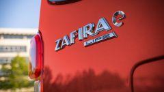 Opel Zafira-e Life, dettaglio della targa del modello