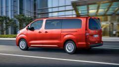 Opel Zafira-e Life, vista 3/4 posteriore