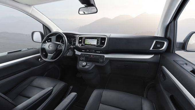 Opel Zafira Life, gli interni