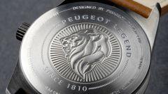 Orologi Armand Peugeot, l'incisione sulla cassa