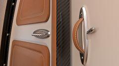 Pagani Airbus ACJ 319 Infinito: dettaglio dei comandi per l'apertura delle porte