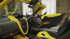 Pagani Huayra Roadster: gli interni bicolore
