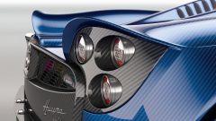 Pagani Huayra Roadster: le nuove appendici aerodinamiche intorno alle luci posteriori