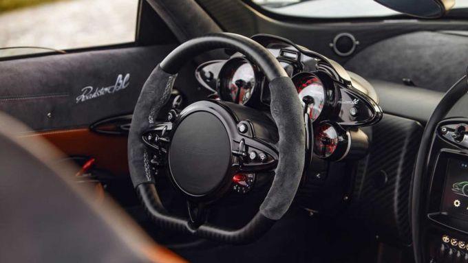 Pagani Imola e Huayra Roadser BC: l'abitacolo della Roadster