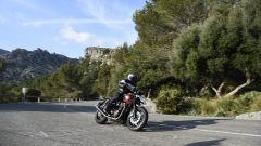 Palma de Maiorca è il luogo scelto per testare la Triumph Speed Twin 2019