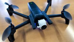 Parrot ANAFI: il drone 4K con gimbal digitale e il peso di 320 grammi - Immagine: 2