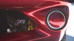 Particolare delle luci posteriori della De Tomaso P72