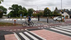 Passaggio di bici nella rotonda di Cambridge