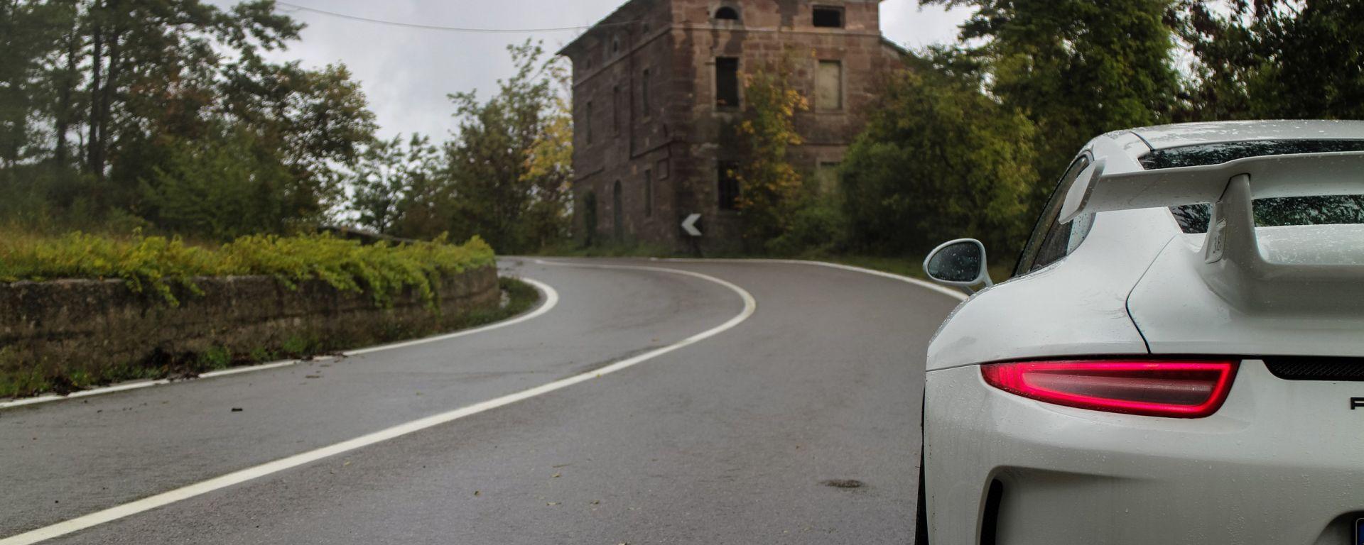 Weareontheroad Passo Della Cisa Motorbox