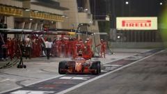 Paura al box Ferrari: Raikkonen investe un meccanico  - Immagine: 2