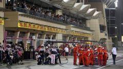 Paura al box Ferrari: Raikkonen investe un meccanico  - Immagine: 4