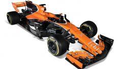 Per la McLaren MCL32, alettone anteriore con il muso a pollice