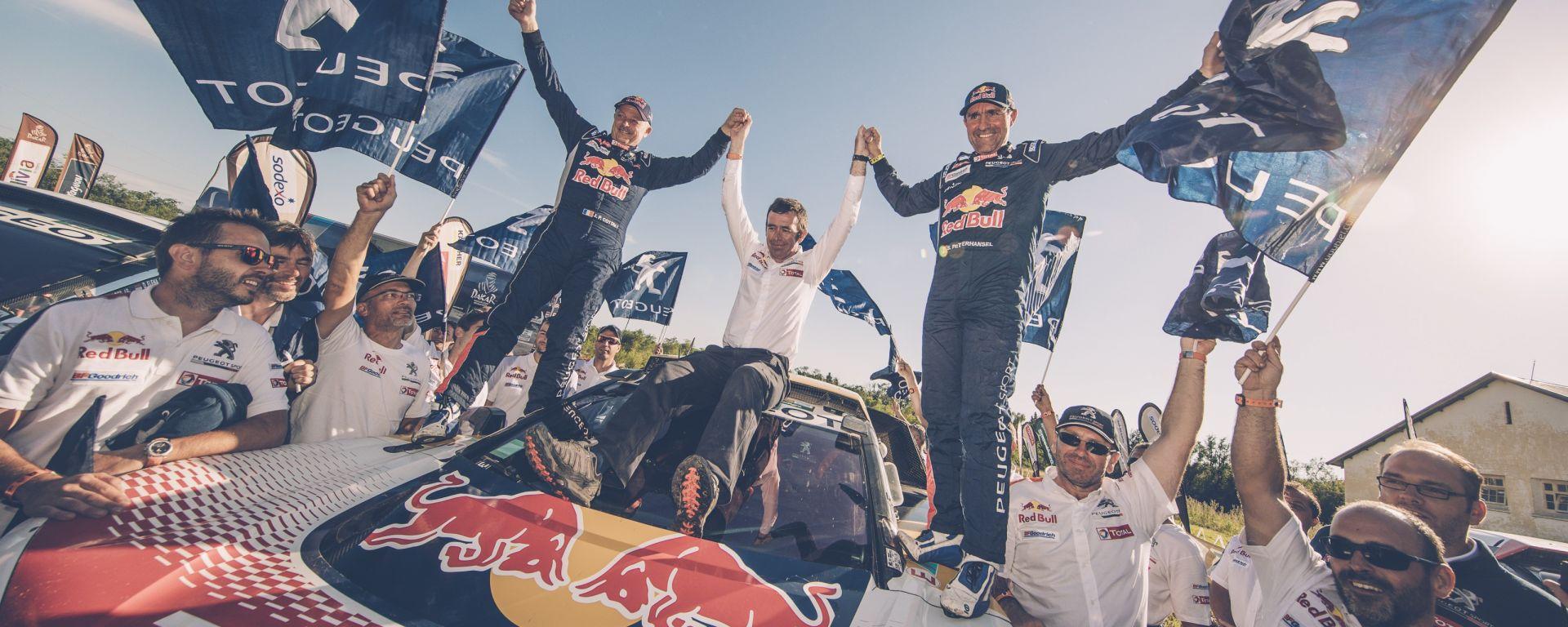 Dakar 2017: che trionfo per Peugeot e la sua 3008 DKR