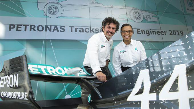 Petronas F1, Giuseppe D'Arrigo con Stephanie Travers