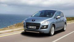 Peugeot 3008 Hybrid4 - Immagine: 19