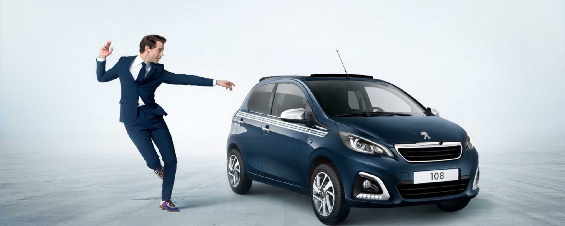 Peugeot 108 Collection: la collaborazione con Mika ha dato vita a una versione speciale