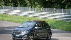 Peugeot 108 e Andreucci in pista alla cieca - Immagine: 20