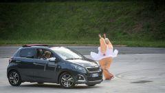 Peugeot 108 e Andreucci in pista alla cieca - Immagine: 42