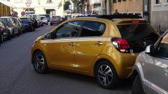 Peugeot 108: parcheggio stretto