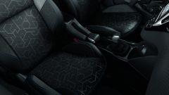 Peugeot 2008 Signature, il Suv compatto veste hi-tech - Immagine: 5