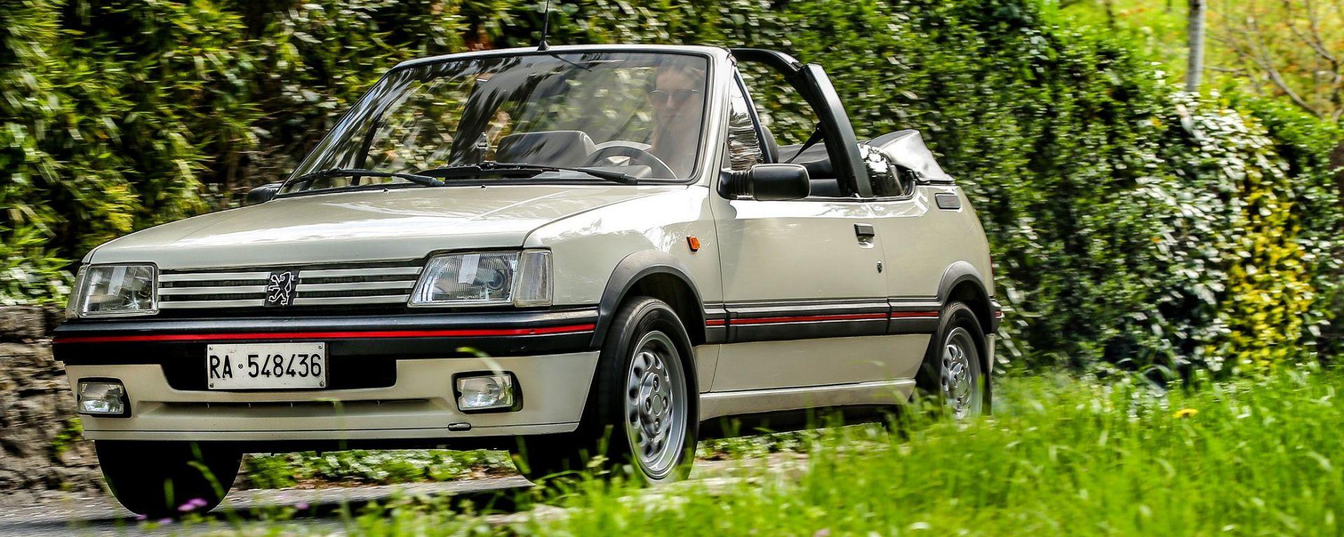 Peugeot 205 cabrio: arrivò sul mercato nel 1986 due anni dopo la versione a tetto fisso