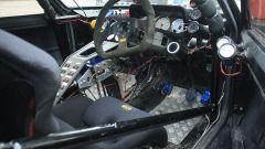 Peugeot 205 twin V6: gli interni