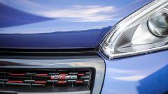 Peugeot 208 1.6 GT Line 120 cv, la calandra