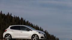 Peugeot 208 2015 - Immagine: 26