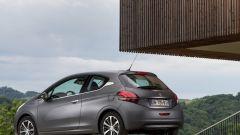 Peugeot 208 2015 - Immagine: 25